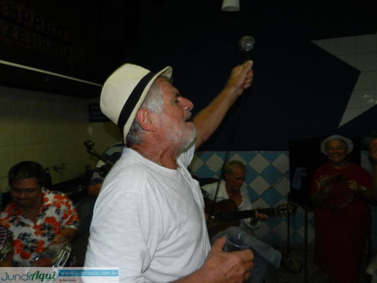 Wandão é homenageado por sua história no samba