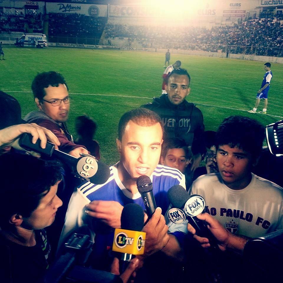 Lucas Moura, que busca a Champions, já jogou no Jayme Cintra