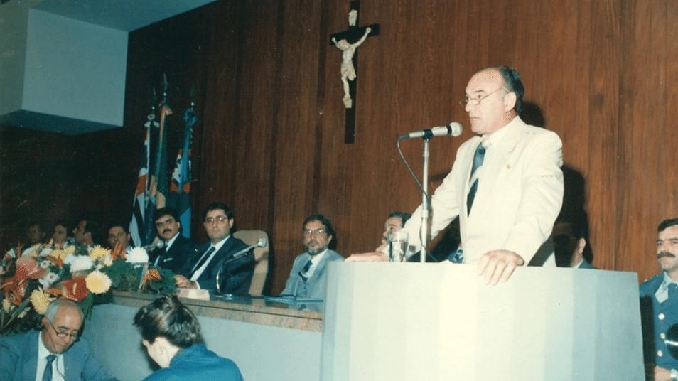 Rolando Giarolla escreveu histórias com ajuda da lista telefônica